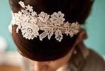 Joyas y accesorios / Diademas, pulseras, collares, accesorios para el cabello y más. / by Jess Gon Sas