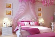 Girls Bedroom Ideas / A collection of neat things to do with girls rooms. Designs for girls and organization for kids bedrooms.