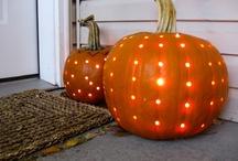 Halloween Crafts/Food/Kids / by Joyce Bowman