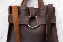 HANDBAGS / Purses, handbags, totes. Casual style.