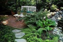 Garden | Construction / Find the gardening building ideas here.