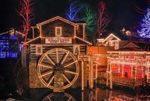 Christmas in the Smokies! / Gatlinburg, Pigeon Forge and Sevierville are covered in beautiful Christmas lights and decorations for the holiday season!