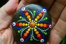 Painting on Stones ! / Some really great painted stone here ;) Enjoy !!!