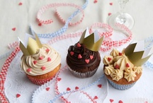 cupcakes / by Jodi Comisky [My Sugar Coated Life]