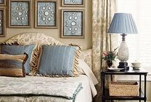 Bedrooms / by Joan Schultz