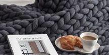 Inspiration déco // Home inspiration / Idées déco d'inspiration, avec de la laine et du crochet.  Wool and knit home decor inspiration and chunky blankets.