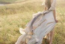 White Flowy Dresses / Flowy dresses