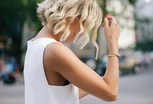 Simple White Dress / Simplicity is the key