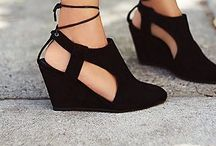 Shoe love / Shoes, women's shoes, shoe ideas, shoe inspiration, heels, women's boots