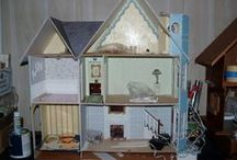 Mckinley  wallhouse dollhouse / McKinnley Dollhouse ...my version  / by Dolly Bellamy