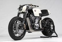 motos, bicicletas y carros / by Leonardo Ferro
