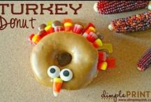 Best Thanksgiving Day Ideas / Creative ideas for Thanksgiving dinner including recipes, desserts, turkey cupcakes, turkey crafts, table settings, free Thanksgiving printables and more! / by Oh My! Creative