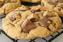 Delicious Cookies and Bars / by Heather Brinkerhoff Burdsal