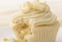 Delicious Cupcakes, Muffins, and Sweet Breads / by Heather Brinkerhoff Burdsal
