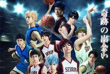 Kuroko no Basket / Mis ídolos en el basket, quienes quisiera con toda el alma que fueran mis hermanos mayores, y me valdría quedar como Pitufina. Mis sensei pro.