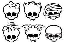 Monster High / Me gusta Monster High, se que tengo pinta de niña pequeña, pero es bien genial, monstruos he he he he.