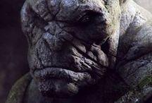 இes - Potwory