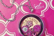 Spirit Lockets / Personalize your Spirit Lockets with bling rings, floating charms and dangle charms to show off your spirit, passion and pride. http://www.spiritlockets.com/#naturallyp3 #locket #floatingcharm #passion #spirit #personalize #bling