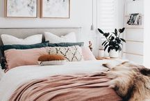 Guest Bedroom / Modern guest bedroom decor, furniture, and layout ideas. Color scheme ideas for a neutral bedroom with pops of color.
