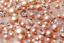 Kunststickerei, Perlenstickerei / Sticken im Stil der Haute Couture