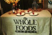 Burlap printed tablecloths / Burlap printed table runners, fitted table covers, table skirts and banners are a great way to brand your company at your next show, display, sale or event. Trade shows, conventions and fairs are very popular venues for these products  as well as retail stores and marketing campaigns. Our products are also very popular for schools and Universities, athletic teams, community and civic organizations.