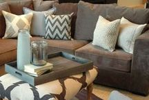 Livingroom remodeling ideas / different ways to decorate our livingroom if we ever get a bigger house / by Brittany Hendricks