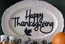 Giving Thanks... with Paint! / There are so many things to be thankful for! Great painting ideas for sure! Find that harvest idea and get to painting!