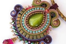 Beadwork Inspiration / All things intricate and sparkly, including beadweaving and soutache. Check out some wonderful designs by other artisans.