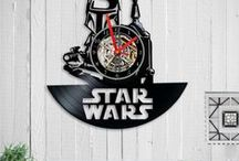 Vinyl clock /  vinyl clock   wall clock  Vinyl record clock Birthday Gift  vinyl record art  record clock  home decor  Star wars Gift  clock star wars  home gift  wall clock vinyl