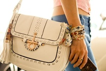 Purses and Bags / by Ambar Hickman