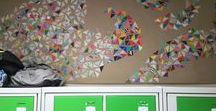 Mon premier Livre d'art - 6e / 2016-17 / ! Pensez à bien cliquer sur la couverture.  Travail à partir d'une installation bidimensionnelle réalisée en début d'année en arts plastiques avec Madame Lhuillier afin de travailler les compétences de base : Mise en couleur, graphisme, découpage, collage, composition. La transformation des images a été réalisée en arts plastiques  grâce à la classe mobile et au logiciel Paintnet et le travail autour du titre et de la mise en page avec Madame Faille Professeur Documentaliste au Collège.