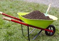 Mon mini jardin / Outils de jardin pour les enfants, gants, pelle, râteau, brouette ... Tout pour faire comme les grands au jardin avec Janod.
