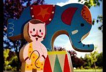 C'est le cirque ! / Jouets en bois sur le thème du cirque.