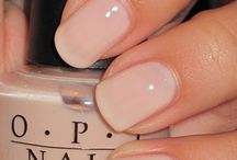 *BEAUTY Mani & Pedi / Pretty polishes and nail design trends. / by Abby Strong