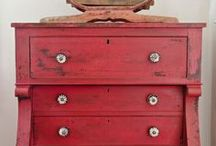 dressers / sidetables / benches