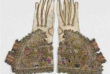 19.XVII - rękawiczki i sakwy