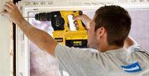 Over Deceuninck / Dankzij zijn belangrijkste technologieën voor PVC en het gepatenteerde Twinson-materiaal, kan Deceuninck innovatieve bouwoplossingen bedenken voor ramen, deuren, luiken, buitentoepassingen, gevelbekleding, dakrandbekleding en binnenhuisdecoratie. Meer info vind je op deceuninck.be
