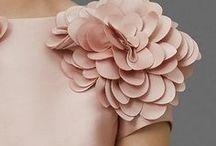 garde robe de rêve ✨ / mode, fashion, dress, glitter, paillettes, perle, haute couture, inspiration, idées, grandes occasions, jupe, veste, woman, femme