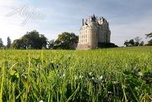 Châteaux Val de Loire / Découvrez les châteaux de la Loire (french châteaux) en Anjou pour votre prochain séjour en Val de Loire...