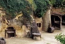 Troglodytes / Bienvenue dans les maisons troglodytes ! Partez à la rencontre des dessous de l'Anjou...