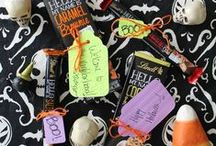 Halloween Ghoul-ore / - Pumpkins scream in the dead of night -