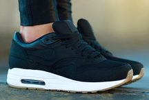 Style-shoes&sneakers / #sneakers #shoes #style #zapatos #zapatillas #design