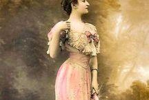 Inspiration Victorian & Edwardian fashion / For inspiriation when making dollhouse dolls dresses.