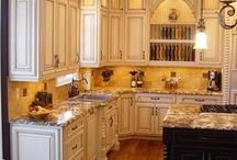 Kitchen Ideas / Looking for kitchen ideas? We have the trendiest countertop, cabinet, flooring and backsplash ideas for your kitchen. www.johnsoncityhandyman.com