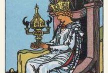tarot: queen of cups