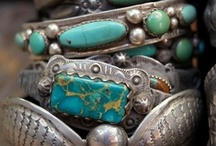 Totally Addicted to Turquoise! / by Tiffany Ramsey
