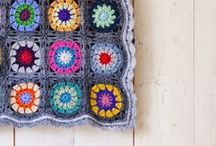 Crochet blankets & cushions / by Lisette van Maurik