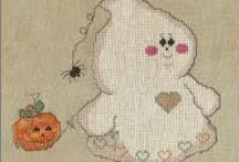 Halloween in Plastic Canvas / by Lori Stilkey