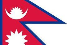 (Asia) NEPAL / Nepal, officieel de Federale Democratische Republiek Nepal, is een land in Azië, gelegen in de Himalaya tussen India en China. Het zuidelijke gedeelte van Nepal ligt op het Indische subcontinent.  Hoofdstad: Kathmandu.