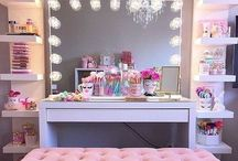 Mirrors&Makeup tables